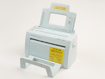卓上型自動紙折り機MA40αイメージ1